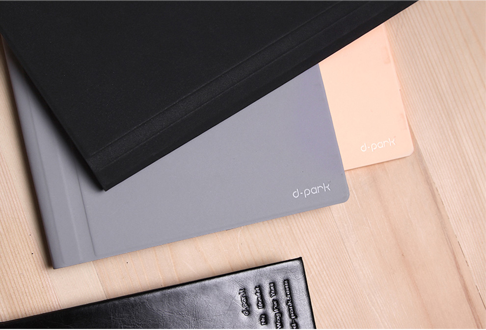 d-park protective cover for Microsoft Surface 3, with velcro design for adjusting the cover and secure the tablet.